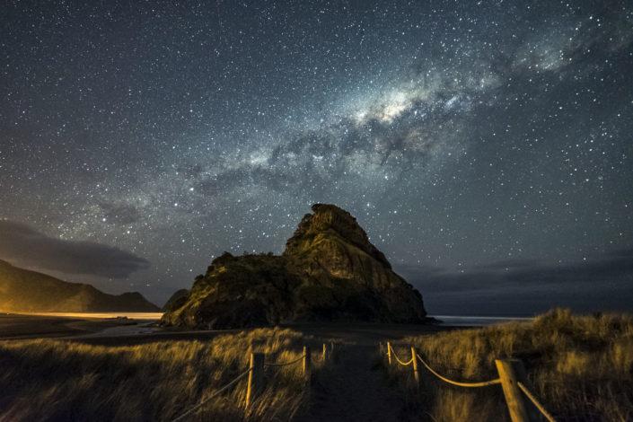 Milky way over Piha beach